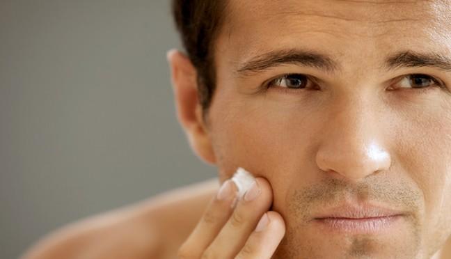 Anti-Aging Creme für Männer – nicht nur für Damen