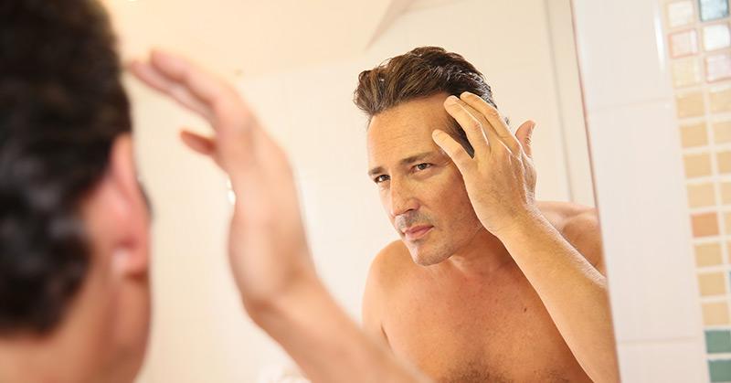 Womit der Haarausfall anfängt