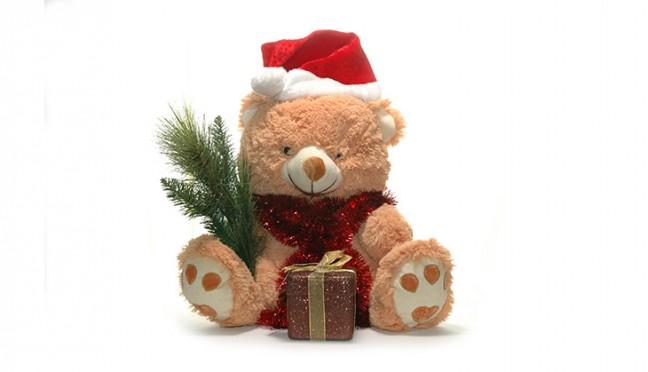 Spielzeug zu Weihnachten fördert die Kleinen liebevoll