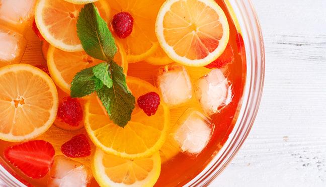 Frische Früchte mit Schwips – die besten Bowle Rezepte