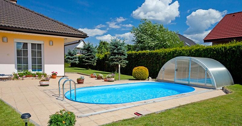 au en und innenpools das schwimmbad f r zuhause ratgeber. Black Bedroom Furniture Sets. Home Design Ideas