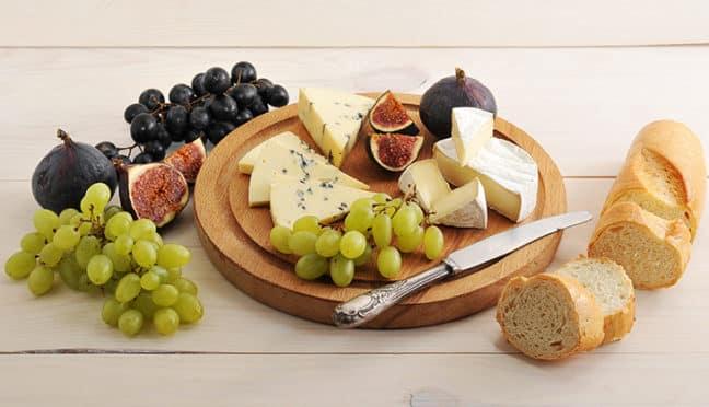 Welche Käsesorten dürfen auf einer Käseplatte nicht fehlen?