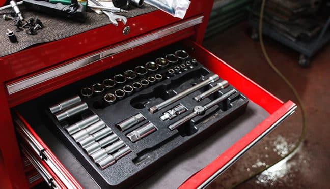 Tipps für die Einrichtung der eigenen Schrauberwerkstatt in der heimischen Garage