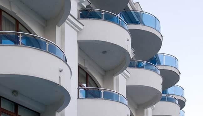 Miniteiche für den Balkon und die Terrasse
